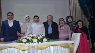 Karaman'da genç muhabir sürpriz evlenme teklifinden 1 gün sonra nikahı kıydırdı