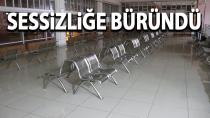 Karaman'da tren garı ve otobüs terminali sessizliğe büründü